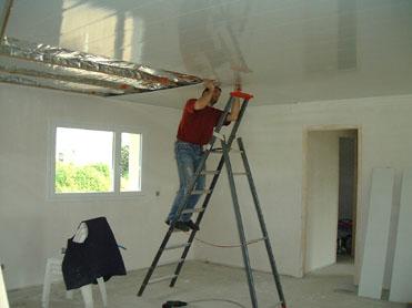 Pose d un lambris pvc au plafond lambris plafond salle de bain pose plafond pvc faux plafond - Poser du lambris pvc au plafond video ...